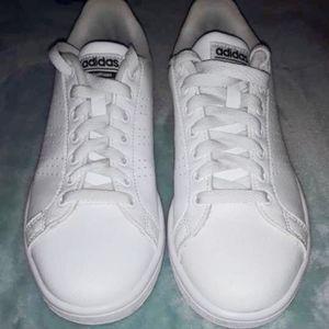 Adidas cloud foam white sneakers